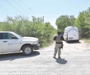 Buscan pistas de crimen en brecha