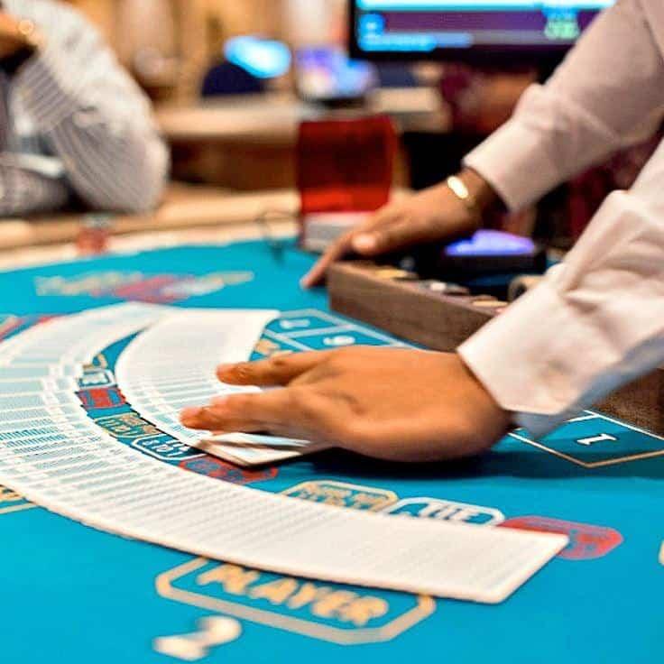 PARA JUGADORES. El colosal casino cuenta con servicio de mayordomo en el área de juego premium.