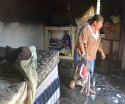 Fuego consume vivienda