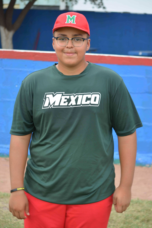 Erick Vázquez Sobrevi-lla. Pitcher y Primera Base