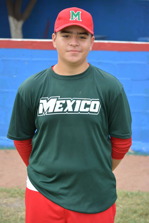 Rosendo Cantú García. Pitcher y Tercera Base