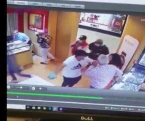 Capta cámara de seguridad a siete sujetos involucrados en intento de asalto a Mall de McAllen