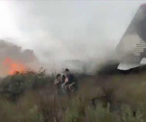 Graba impactantes imágenes pasajera del vuelo accidentado en Durango