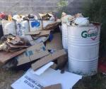A clases con basura a tope