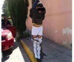Dejan colgado de poste a presunto ladrón en Aguascalientes