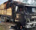 Se desata violencia en Chihuahua: Matan a 6 e incendian camiones