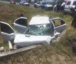 Sufren jóvenes aparatoso accidente en Valle Hermoso