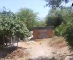 Construcción de casa tapa salida natural del agua .