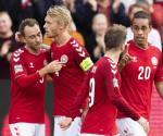 Dinamarca derrota 2-0 a Gales
