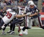 Brady y Pats abren campaña venciendo a Texanos