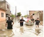 Evacuan a familias en Coahuila por lluvias
