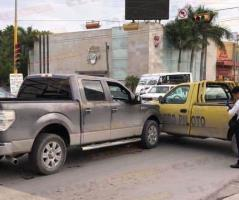 Reynosa: Lesionado al impactar su camioneta vs otro auto
