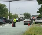 Una mujer abre fuego en un área comercial en EE.UU. y deja varios muertos