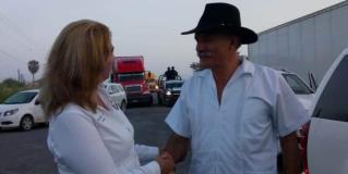Reciben en Hidalgo al doctor Mireles, en acto organizado por la Columna Cívica Pedro J. Méndez