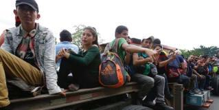 Amenaza Trump con enviar al ejército a la frontera con México si no se frena caravana migrante