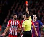 Dan 8 partidos de suspensión a Diego Costa por insultos al árbitro