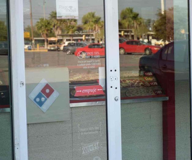 Pegan ladrones en una pizzería