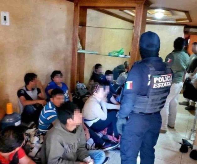 Aseguran 21 migrantes en M. Alemán
