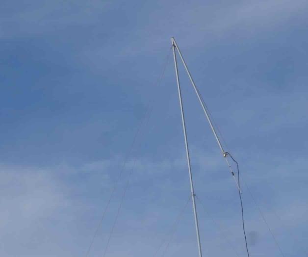 Tumban vientos antena en instalaciones de salud