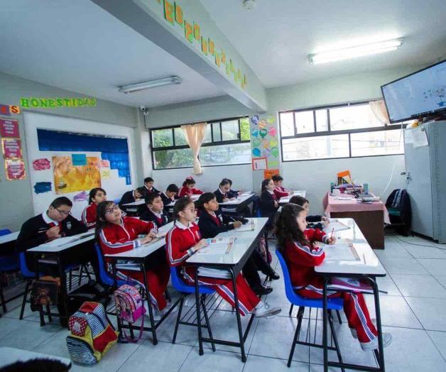 Registra parálisis la educación en México