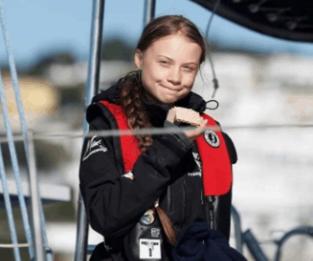 Greta Thunberg llega a Europa por mar para acudir a la COP25
