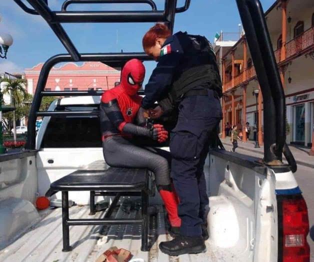 Detienen al Hombre Araña en Tampico