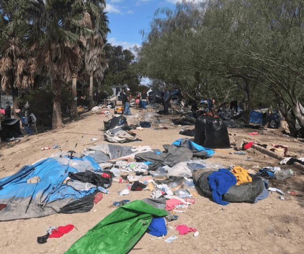 Dan entrada a mexicanos para el asilo