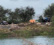 Mueren por lo menos 4 militares ahogados al caer auto al canal