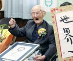 Japonés de 112 años es el hombre más viejo del mundo