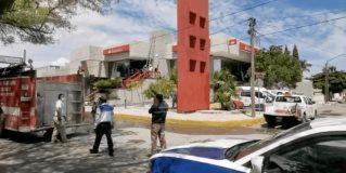 Bomberos controlan conato de incendio en institución bancaria