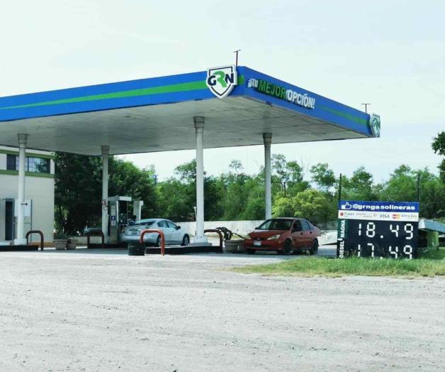 Compran gasolina fuera de San Fernando por alto precio