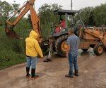 Desazolvan dren frente CBtis 220