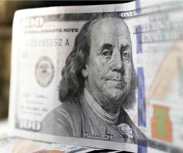 Cotiza dólar en más de 22 pesos