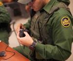 Equipan con cámaras a los agentes del CBP
