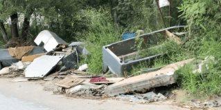 Piden vecinos de La Laguna recoger desechos de Hanna