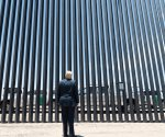 Corte EEUU revive demanda demócrata sobre muro fronterizo