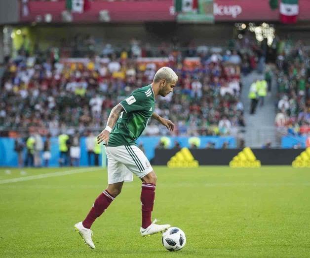 Coopera El 'Tecatito' en goleada del Porto