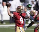 Nick Mullens será quarterback titular