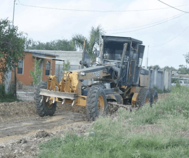 Avanza mejora en calle Chapa