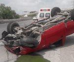 Vuelca camioneta camino a Reynosa